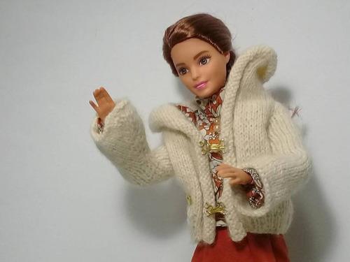 Imagen 1 de 5 de Conjunto De Ropa Para Muñeca Barbie,marca Propia,ropa A Mano