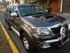 Toyota Hilux 4x4 Turbo Diesel Intercooler 3.0 Gris 2013