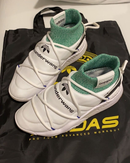 Tênis adidas Originals By Aw