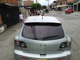 Unico Dueño - Mazda 3 - Plata Sorrento Hatchback