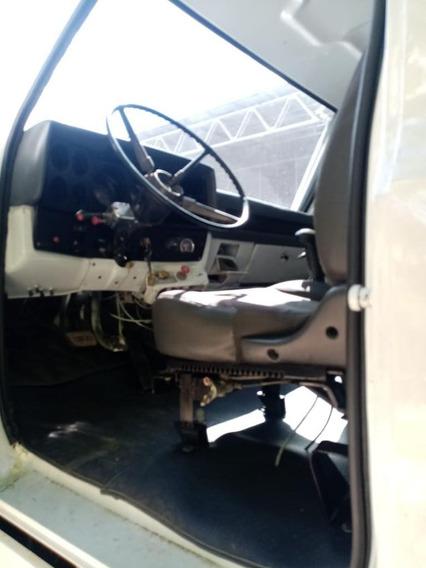 Se Vende: Volqueta Chevrolet C70 Modelo 1993