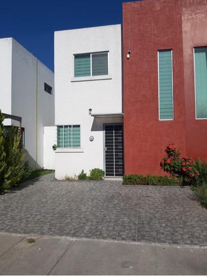 Casa Amueblada Excelente Ubicacion Lista Para Habitarse