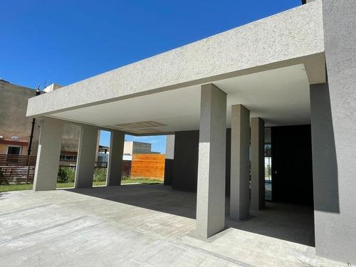 Casa A Estrenar En  El Canton-