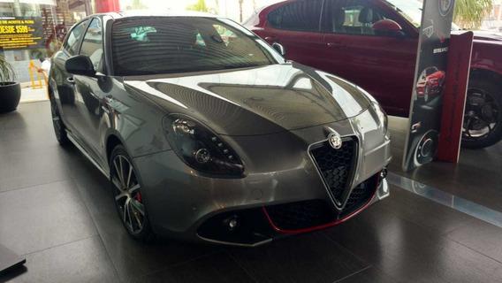Alfa Romero Giulietta Tct 1.7 2018 Gris