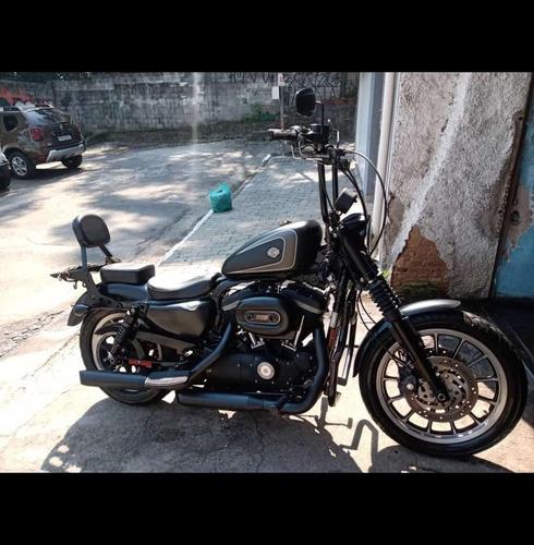 Imagem 1 de 14 de Harley Davidson 883r