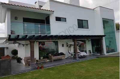Residencia En Venta, Rancho San José Xilotzingo, Puebla.