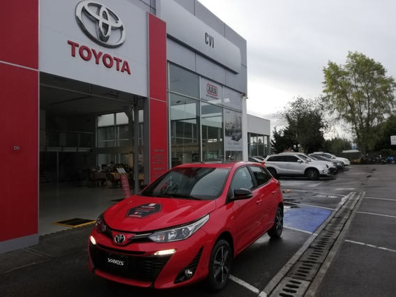 Toyota Yaris 1.5 Sport Hb At. Rojo. 2021