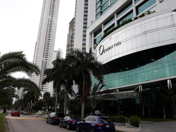 Costa Del Este Cómodo Apartamento En Venta Panamá