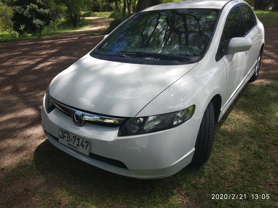 Honda Civic Muy Buen Estado -services Hecho En Honda Mdeo