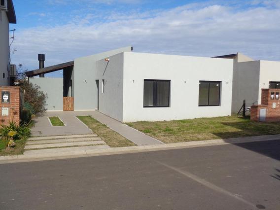 Casa En Venta A Estrenar - El Aljibe - Manzanares - Pilar