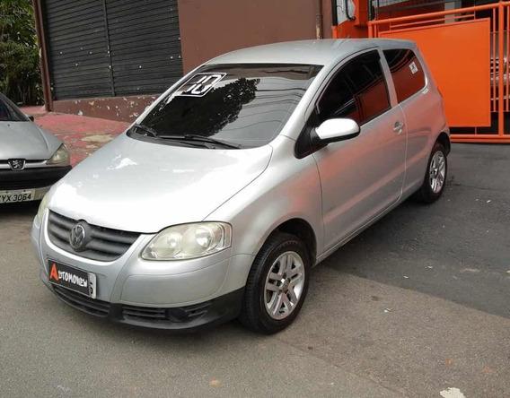 Volkswagen Fox 2010 1.0 Plus Total Flex 3p