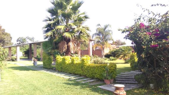 Bonita Casa De Campo Con Terraza.