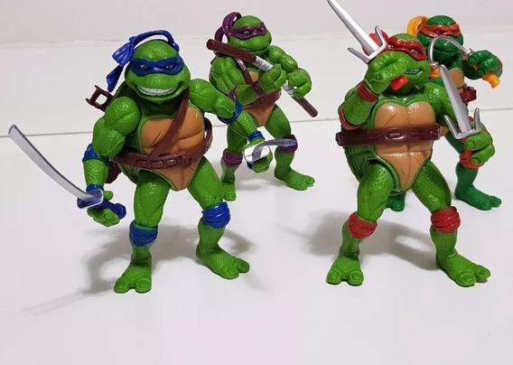Kit 4 Bonecos Brinquedos Tartarugas Ninjas Pvc + Acessório