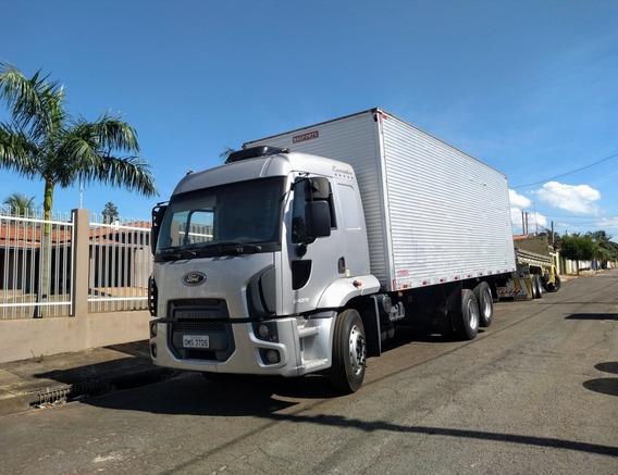 Ford Cargo 2429 2013/2013 Baú
