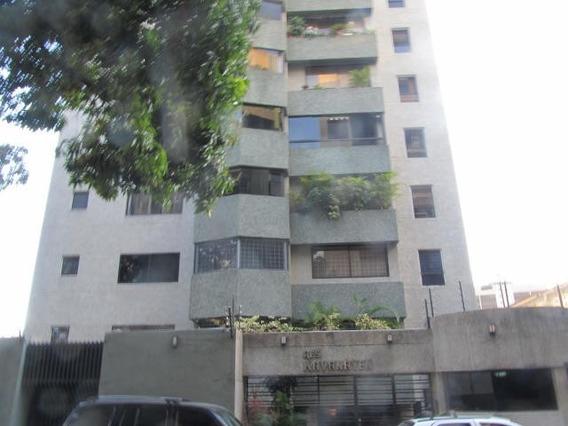 Apartamento En Venta En La Campiña Caracas