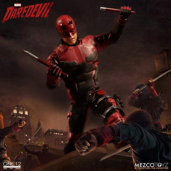 Daredevil Netflix One:12 Collective Mezco Toys Marvel