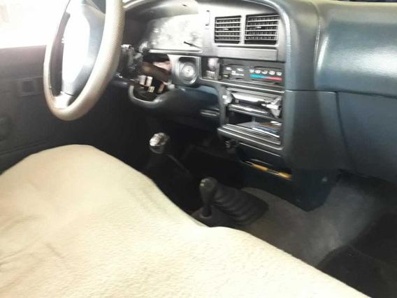 Toyota Hilux Sencillo Dos Pasajer