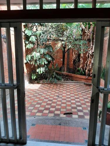 Casa Unifamiliar En El Velodromo