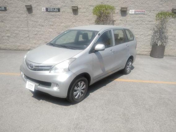 Toyota Avanza 5p Premium Tm5 A/ac. Ba R-14