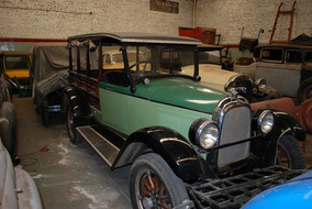 Whippet 1926 Chatita - Jardinera