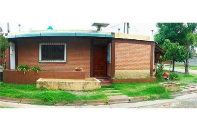 Venta De Casa En Barrio Los Huaicos