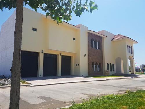 Casa En Venta En Hacienda El Rosario En Torreon