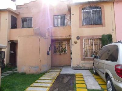 Casa En Venta En Col. San Buenaventura