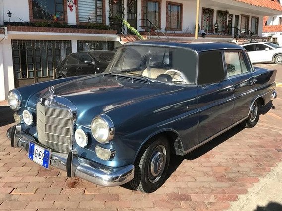 Mercedes Benz 200s - 1967