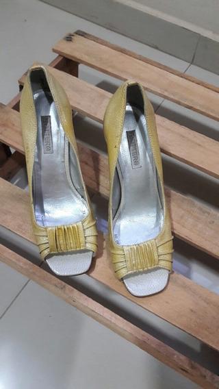 Sapato Botero 36 Amarelo