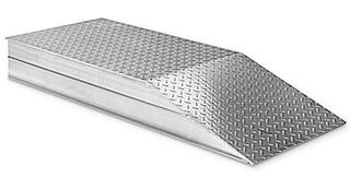 Rampa De Aluminio Para Elevacion De Llantas Carga 6804 Kg 1
