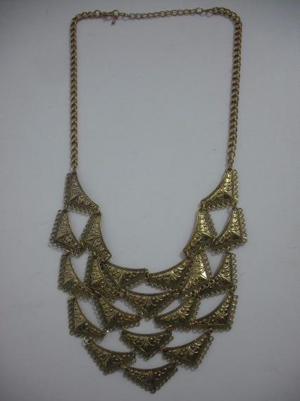 Colar Dourado Metal Usado Bom Estado