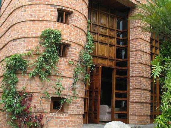 Casa En Venta 27-11 Ab Gl Mls #18-7329- 04142354081