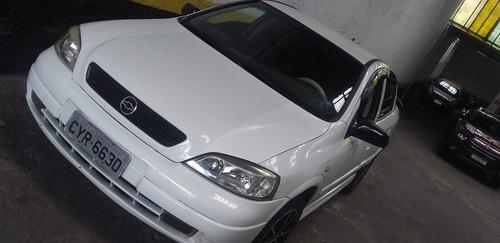 Chevrolet Astra Sedan 2002 1.8 Sedan 4p