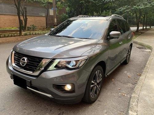 Nissan Pathfinder Exclusive Refull 4x4