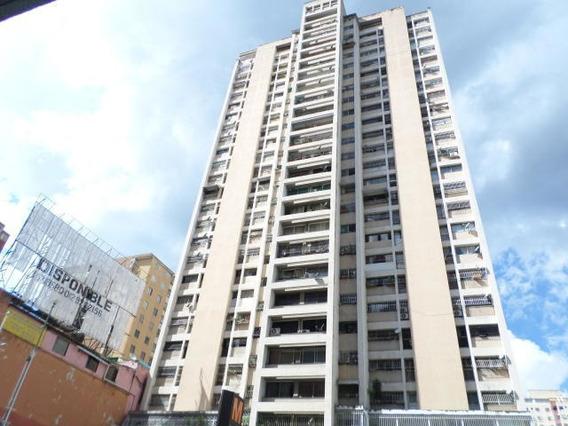 Apartamentos En Venta Mls# 19-17271