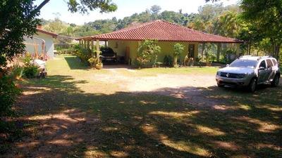 Sítio Com 2 Dormitórios À Venda, 27000 M² Por R$ 690.000 - Cachoeira - Atibaia/sp - Si0193