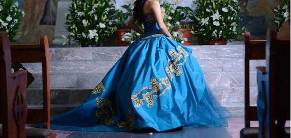 Vestido De Xv Años Diseñado Por Ragazza Color Jade 2019