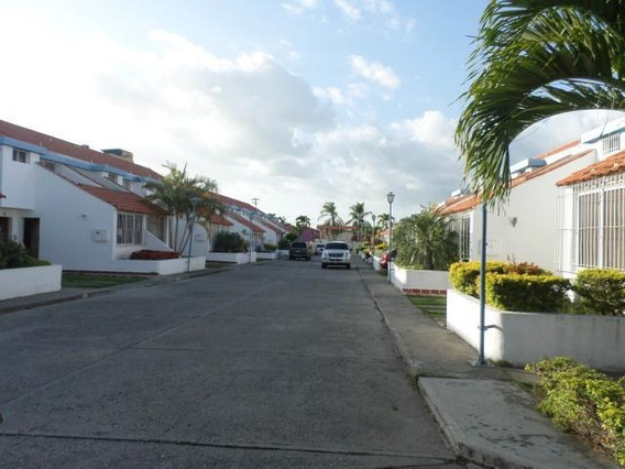 Casa En Venta Cabudare Lara 20-3007 Rr
