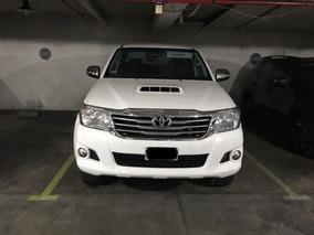 Toyota Hilux 4x2 C/d Srv 3.0 Tdi Cuero