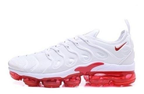 Tênis Nike Vapormax Plus Importado Kit C/ 1 Par De Meia
