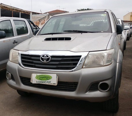 Toyota Hilux Cd 4x4 Diesel 2015