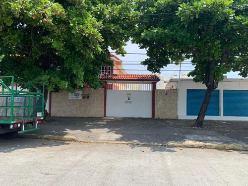 Imagen 1 de 11 de Casa Sola En Venta 1ro De Mayo Norte