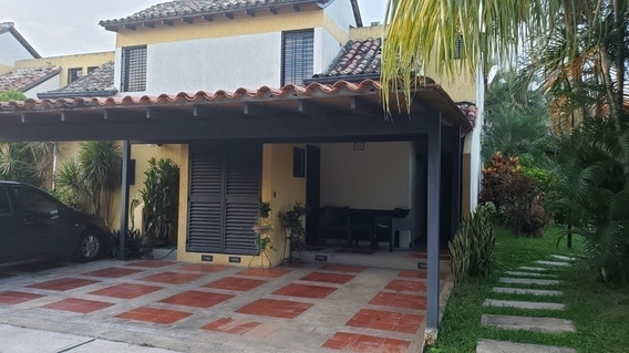 Casa En Venta Cod, 403417 Hilmar Rios 0414 4326946
