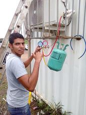 Técnico Instalador De Aires Acondicionados Split