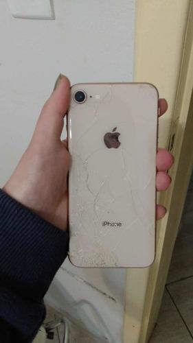 Imagem 1 de 4 de iPhone 8