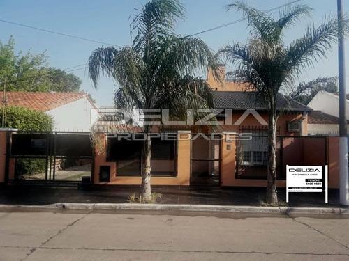 Venta De Casa En Merlo Centro