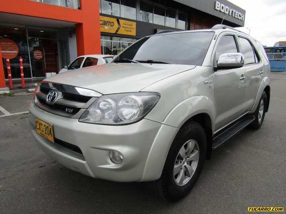 Toyota Fortuner Sr5
