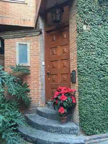 Renta Hermosa Casa En Condominio Horizontal En Las Aguilas