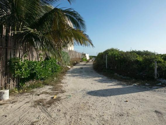 Terrenos En Venta En La Playa, Cocos 33, San Bruno Tipo Fron