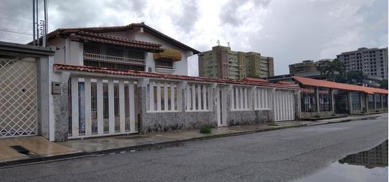 Deysa Fonseca Vende Casa Urb. La Floresta 20-24081 Dyfc